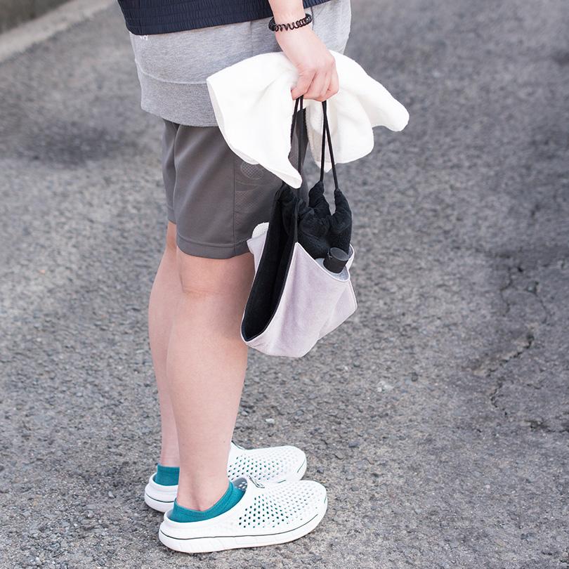 日本製 タオル 巾着 ポーチ マルチ 旅行用品 水回り 吸水 持ち運び トラベルポーチ